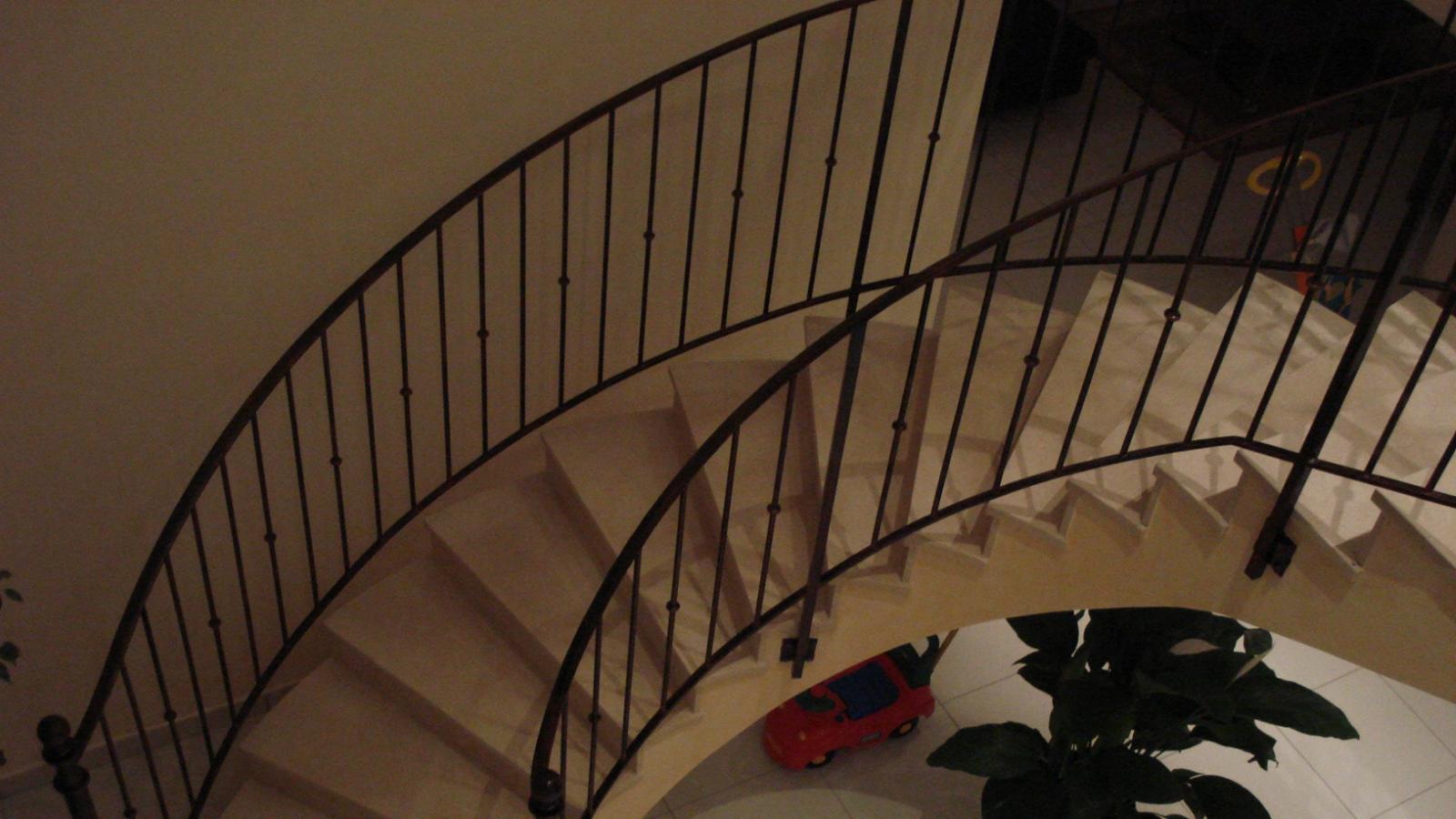rampe buffa. Black Bedroom Furniture Sets. Home Design Ideas